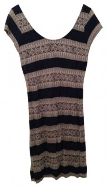 Preload https://item3.tradesy.com/images/eight-sixty-navybeige-lace-stripes-above-knee-short-casual-dress-size-8-m-177812-0-0.jpg?width=400&height=650