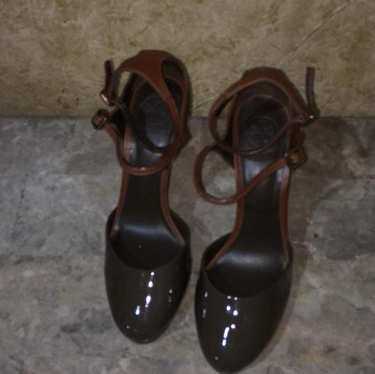 Tory Burch Taupe and brown Platforms Image 6