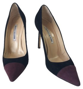 Manolo Blahnik Pont-toe Suede Black and Plum Pumps