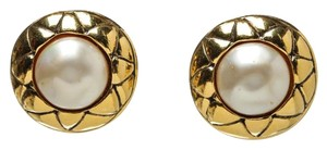 Chanel Chanel Gold and Pearl Clip On Earrings
