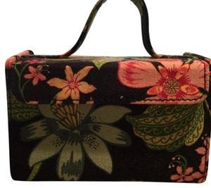 2213bfd670 Vera Bradley Miscellaneous Accessories - Up to 70% off at Tradesy