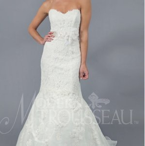 Modern Trousseau Lace Wedding Dress Wedding Dress