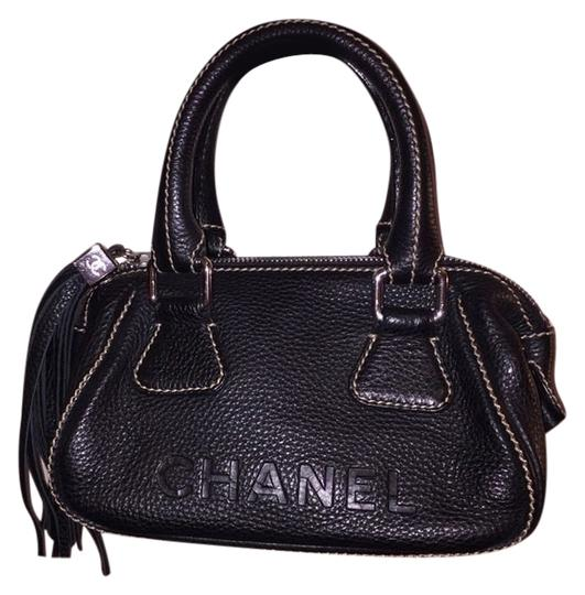 Preload https://img-static.tradesy.com/item/1779233/chanel-lax-black-leather-satchel-0-0-540-540.jpg