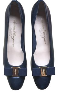Salvatore Ferragamo Classic Chunky Gold Hardware Bow Navy Pumps