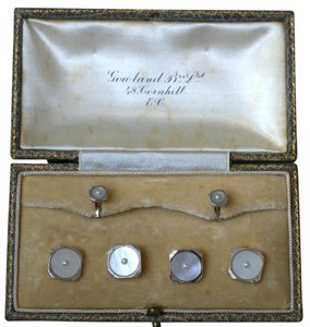 GOWLAND BROS. ANTIQUE FORMAL DRESS SET BUTTON & SHIRT STUDS, MOTHER OF PEARL, W GOLD