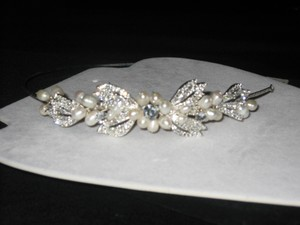 Bel Aire Bridal Belaire Bridal 6317 Pearl And Crystal Headband (hp23)
