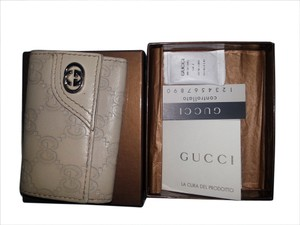 Gucci Beige Guccissima leather with Beige 6 key hooks
