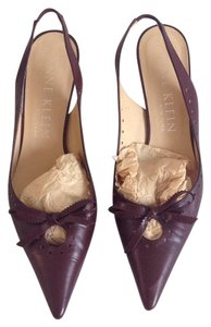 Anne Klein burgundy Pumps