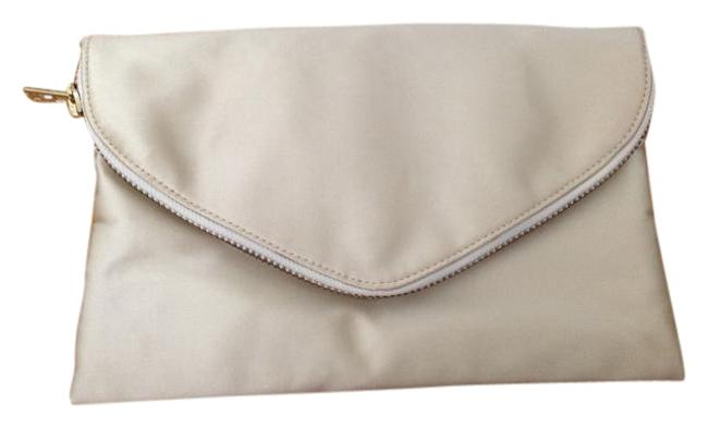 Item - Envelope Champagne Silk Clutch