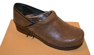 1bbfd1c4804b Bjorndal Brown Leather Mules