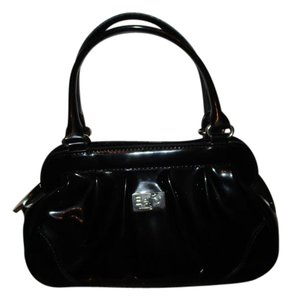Beijo Satchel in black