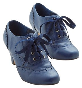 Modcloth Oxford Heels Professional Navy Boots