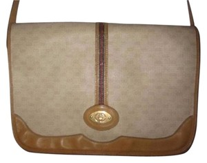 Gucci Gold Hardware Mint Vintage Popular Style Perfect Everyday Cross Body Bag