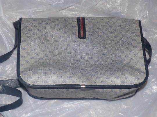 Gucci Shoulder/Cross Body Gold Hardware Popular Style Perfect Everyday Shades Of blues with small G logo and red/blue stripe Messenger Bag