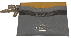 Coach Color Block Card Holder With Charms And Compilmentary Embosing Service