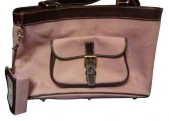 Preload https://item1.tradesy.com/images/dooney-and-bourke-handbags-accessories-monogram-pinkbrown-canvasleather-trim-tote-178105-0-0.jpg?width=440&height=440