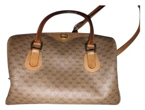 Gucci Excellent Vintage Drs Two-way Style Handheld Or Satchel in shades of brown with small G logo