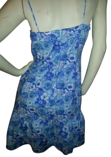 Preload https://img-static.tradesy.com/item/178134/no-boundaries-blue-floral-cotton-sundress-above-knee-short-casual-dress-size-12-l-0-3-650-650.jpg
