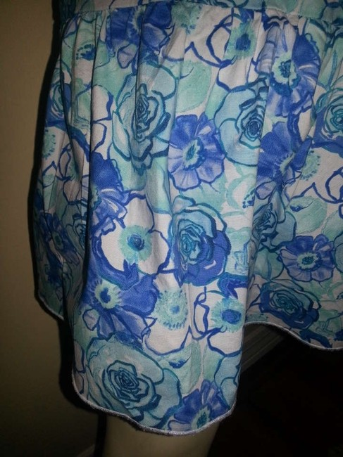 No Boundaries short dress Blue Floral on Tradesy
