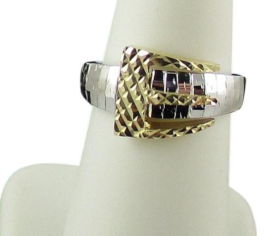 Preload https://img-static.tradesy.com/item/17815252/silver-and-gold-buckle-design-textured-size-6-ring-0-1-540-540.jpg