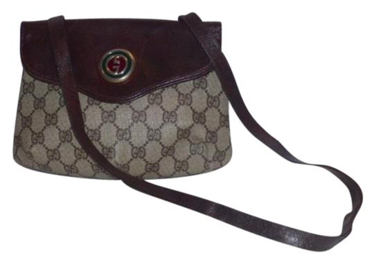 Preload https://img-static.tradesy.com/item/17815702/gucci-vintage-pursesdesigner-purses-shades-of-brown-coated-canvas-with-large-g-logoleather-leatherco-0-1-540-540.jpg
