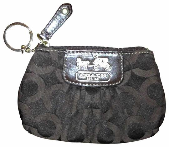 Preload https://item2.tradesy.com/images/coach-brown-key-chaincoin-purse-wallet-17816-0-0.jpg?width=440&height=440