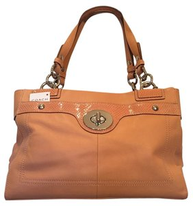 Coach Tote in SALMON