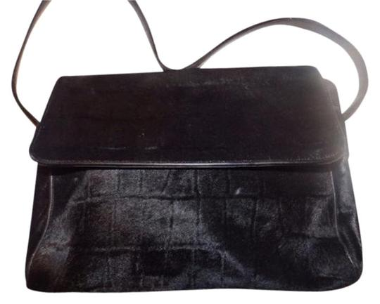 Preload https://img-static.tradesy.com/item/17816359/gucci-vintage-pursesdesigner-purses-black-crocodile-embossed-pony-hair-and-leather-hobo-bag-0-2-540-540.jpg