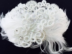 Jessica McClintock Feather & Pearl Hairpiece