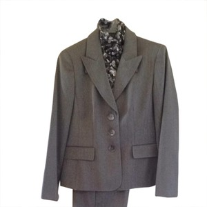 Kasper Brand New Kasper 3-Piece Suit