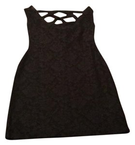 Nollie Dress