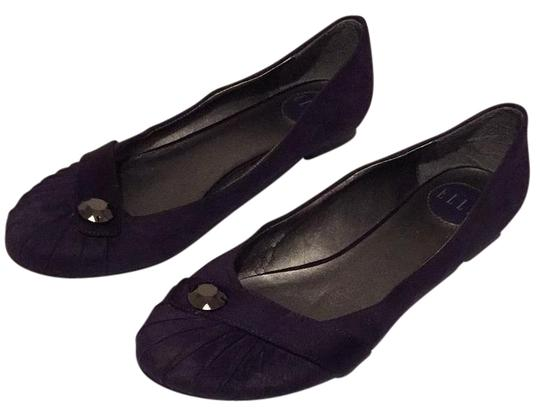 Preload https://img-static.tradesy.com/item/17820601/elle-purple-flats-size-us-10-regular-m-b-0-1-540-540.jpg