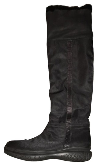 Preload https://img-static.tradesy.com/item/17820625/prada-black-fur-lined-knee-high-bootsbooties-size-us-6-regular-m-b-0-2-540-540.jpg