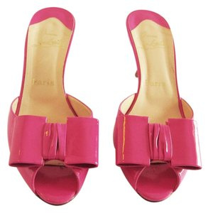 Christian Louboutin Patent Leather Bow Heels Joli Noued 38 Pink Mules