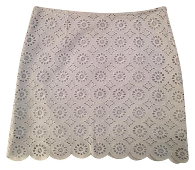 Preload https://img-static.tradesy.com/item/17823757/bb-dakota-blue-eyelet-skirt-size-6-s-28-0-1-650-650.jpg