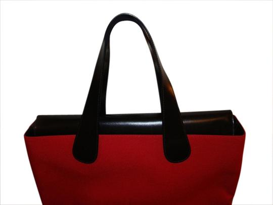 Preload https://img-static.tradesy.com/item/1782384/red-and-black-linen-leather-tote-0-0-540-540.jpg