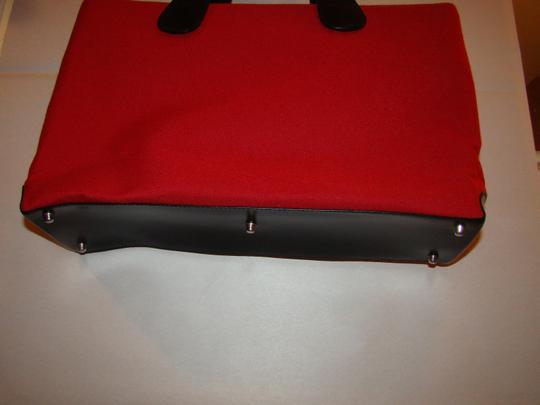T. Anthony Ltd. Tote in red & black Image 4