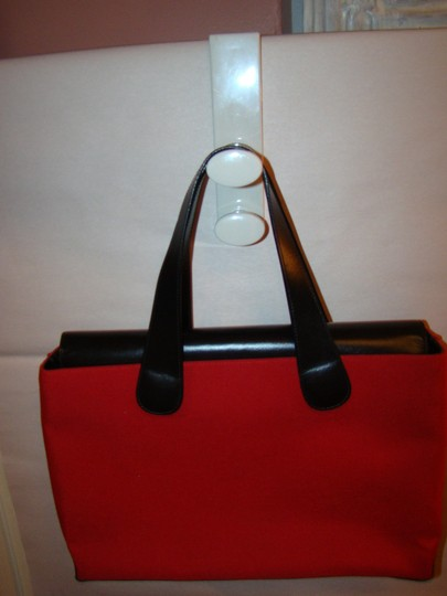 T. Anthony Ltd. Tote in red & black Image 5