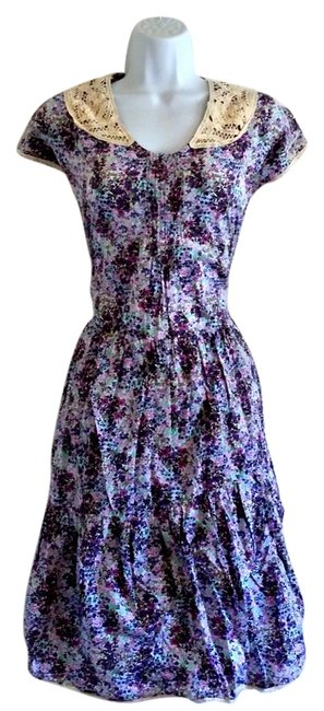 Preload https://img-static.tradesy.com/item/17824576/purple-floral-prairie-mid-length-short-casual-dress-size-6-s-0-3-650-650.jpg