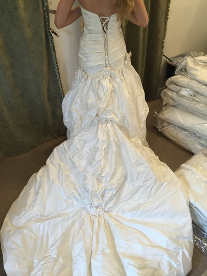 Bellissima Natural Silk Solera Wedding Dress Size 10 (M)
