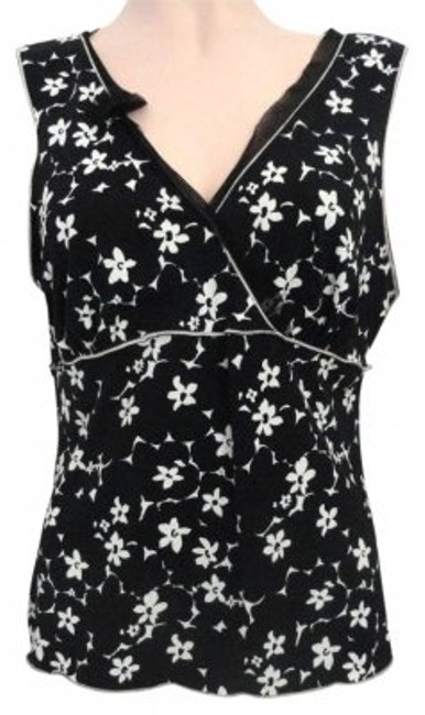 Preload https://item4.tradesy.com/images/max-studio-black-and-white-ivory-stretch-large-floral-print-blouse-size-12-l-178268-0-0.jpg?width=400&height=650