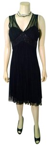 White House | Black Market Size 4 Knee Length Sleeveless Beaded Dress