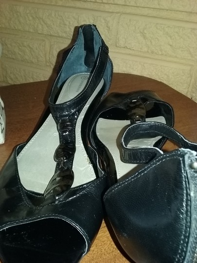 Gianni Bini Black Flats