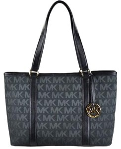 411847720789 Michael Kors Summer Canvas Ew East West Tote in Black