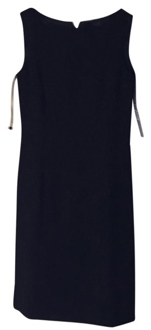 Preload https://img-static.tradesy.com/item/17833867/elie-tahari-knee-length-workoffice-dress-size-4-s-0-1-650-650.jpg