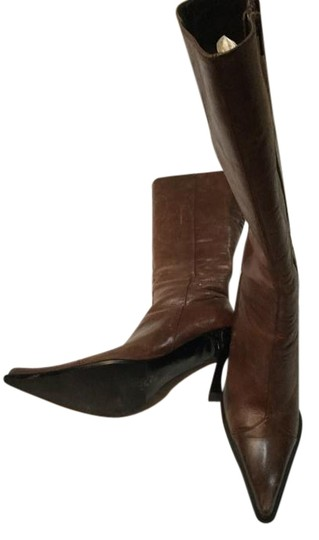 Preload https://img-static.tradesy.com/item/17833972/bakers-brown-bootsbooties-size-us-6-regular-m-b-0-1-540-540.jpg