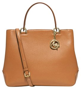 Michael Kors Anabelle Tote in ACRON / Gold