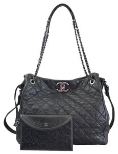 Chanel Accordion Tote in Black