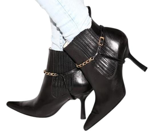 Preload https://img-static.tradesy.com/item/17835715/chanel-black-leather-ankle-bootsbooties-size-us-9-regular-m-b-0-1-540-540.jpg