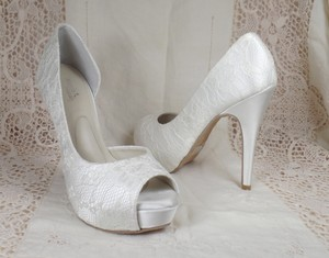 Angela Nuran Lace Stiletto - Designer Exclusive Wedding Shoes